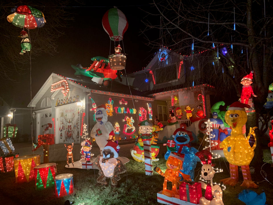 Holiday Lights 2018: The 31 Best Christmas Displays, Decorated Homes On  Staten Island