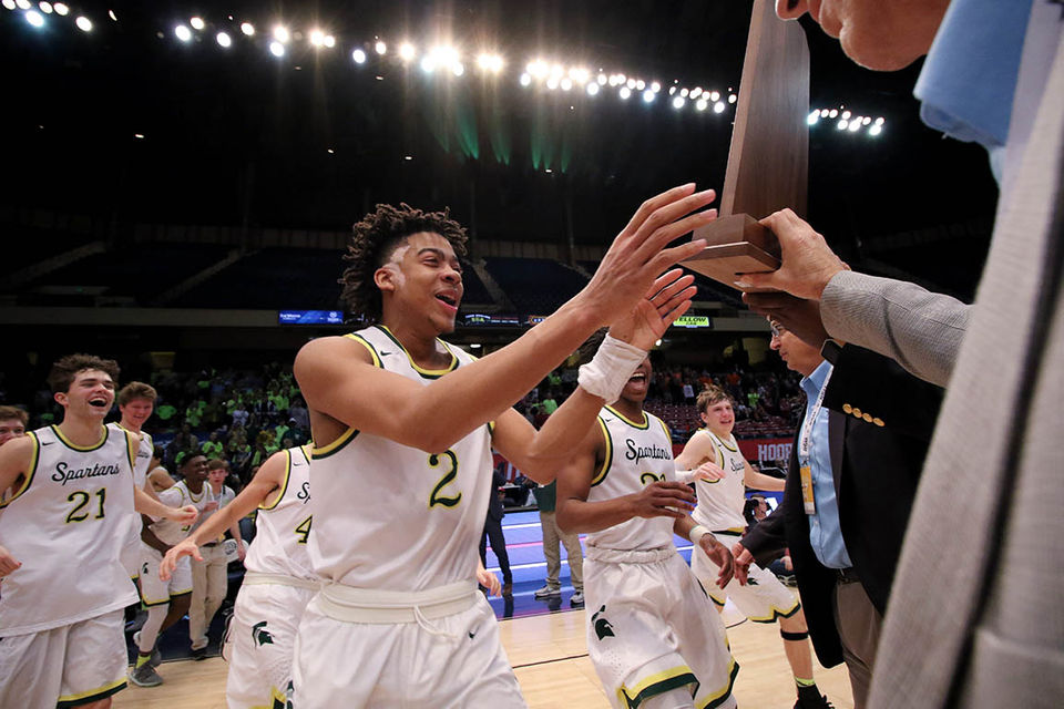 High school sports high school boys basketball al gatorade selects mountain brook star as states best basketball player fandeluxe Choice Image