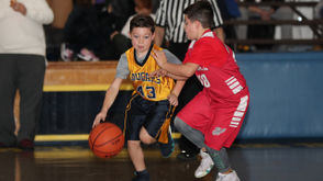 St. Christopher vs. Holy Child Gray in the 4th grade Gold B division play, held at the St. Christopher gymnasium, Grant City. December 15, 2018. (Staten Island Advance/Derek Alvez).