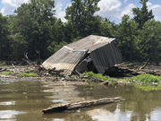 Giant logjam cleared on Pearl River