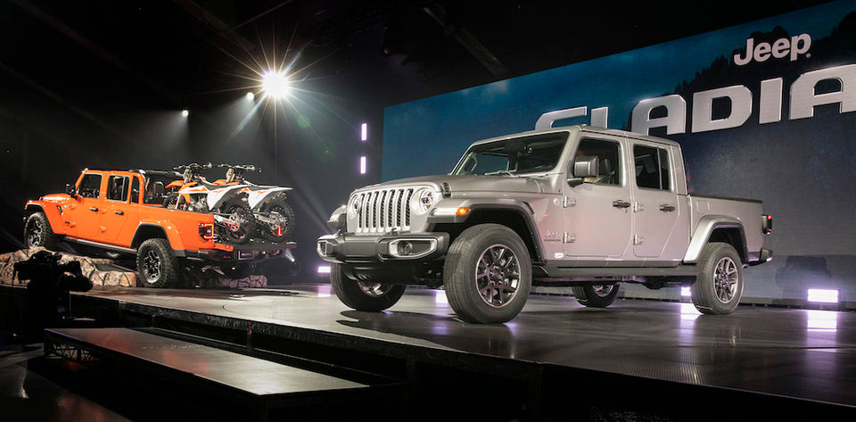 Long-awaited Jeep Gladiator storms into Cleveland Auto Show