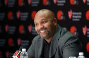 Cleveland Browns: No excuses, Hue Jackson should improve the offense -- Terry Pluto (photos)