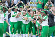 NCAA D1 softball tournament 2018 schedule, scores, bracket, TV channels & how to watch live stream