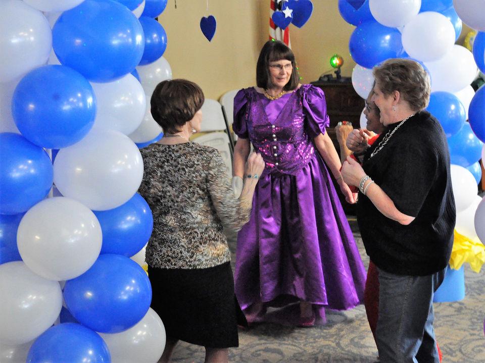 Fantástico Proxeneta Se Adapte Para El Prom Festooning - Ideas para ...