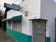 Taylor Court Grocery is a special place from another era: Tom Hallman
