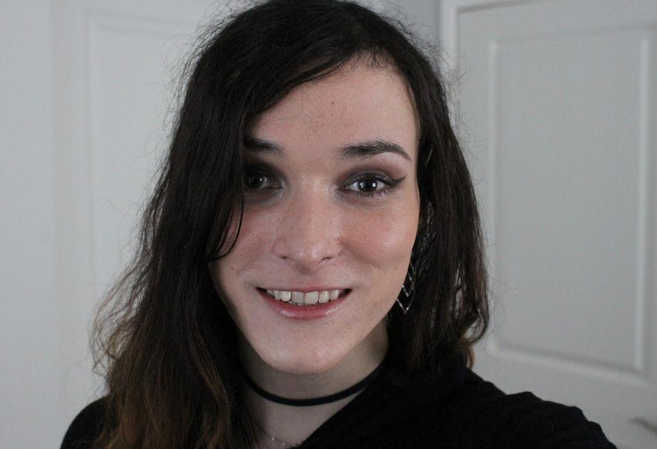 Trans woman dating app