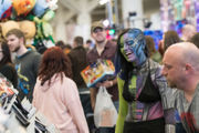Wizard World Cleveland, a busy Saturday show (photos)