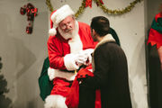 Minion's Santa redeems 'Miracle on 34th Street' at CNY Playhouse (Review)
