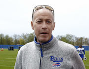An inspiration to us all: Athletes, media, past recipients react to Jim Kelly's Jimmy V Award speech