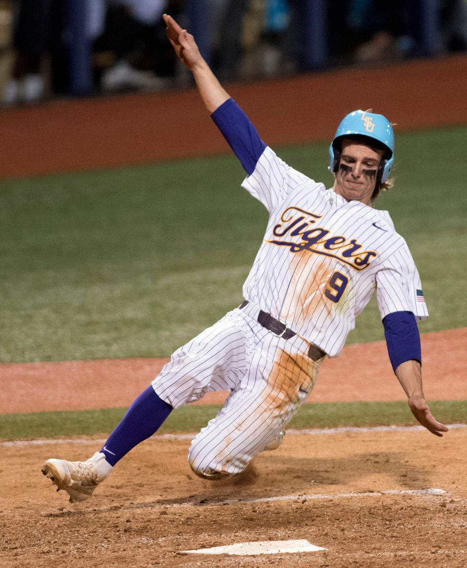 Zach Watson Stays Hot Lsu Baseball Defeats Tulane
