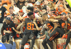photos from the Browns-Jets game