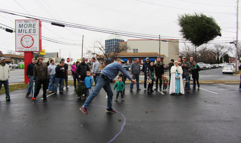 Nazareth Police Chief Randall Miller Takes Part In The 2018 Bethlehem Christmas Tree Toss On Saay Dec 15 At More Miles Automotive To Benefit
