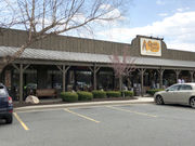 Cracker Barrel home to country kitsch, comfort food (review, photo)
