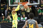 Elijah Brown, Kenny Wooten lead Oregon Ducks to win over Arizona State