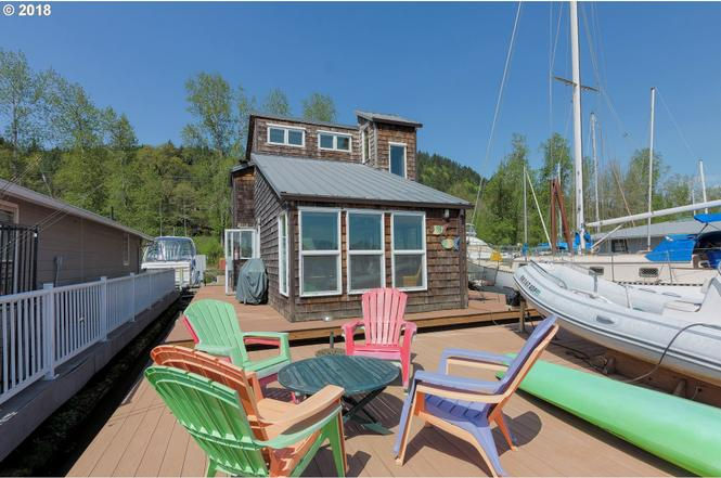 On the market: What it takes to buy a floating home (photos