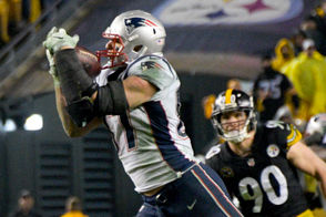 No player has tortured the Steelers in recent years quite like Gronk. In six games, he's averaged 6.5 receptions, 110 yards and more than a touchdown per game. Last weekend, Gronk got back on track with his first 100-yard receiving game since Week 1. This season, Pittsburgh has done nothing to inspire confidence in its ability to handle Gronk better this time around. The Steelers rank 31st in the league defending tight ends, per DVOA.