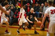 Sophomore Blake Lund, Linden's boys basketball team looking to make Flint Metro League history
