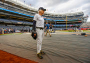 Red Sox celebrate AL East crown in Yankees' faces | Rapid reaction