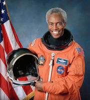 First African-American astronaut in space, Guion Bluford Jr., honored at Great Lakes Science Center