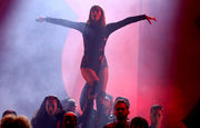 American Music Awards 2018: Taylor Swift wins big, tells everyone to vote