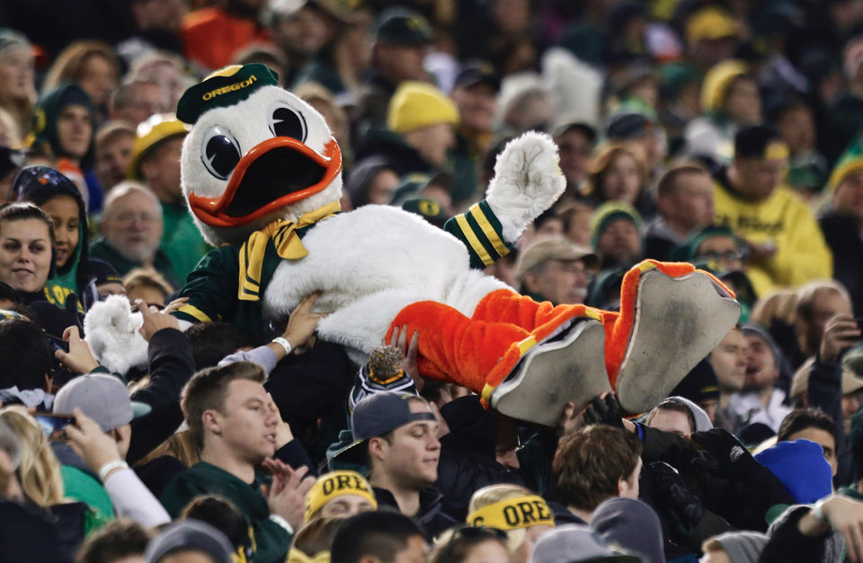 How to be a good Oregon football fan: 13 etiquette tips