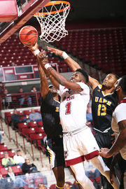 UMass basketball dominates from tip to buzzer, blows out Arkansas-Pine Bluff, 92-60