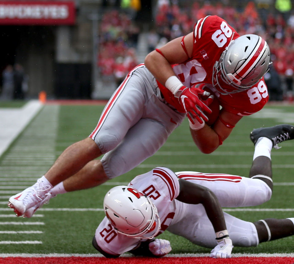 1845a80aeec Ohio State tight end Luke Farrell caught his first career touchdown pass on  Saturday against Rutgers. (Marvin Fong, The Plain Dealer)