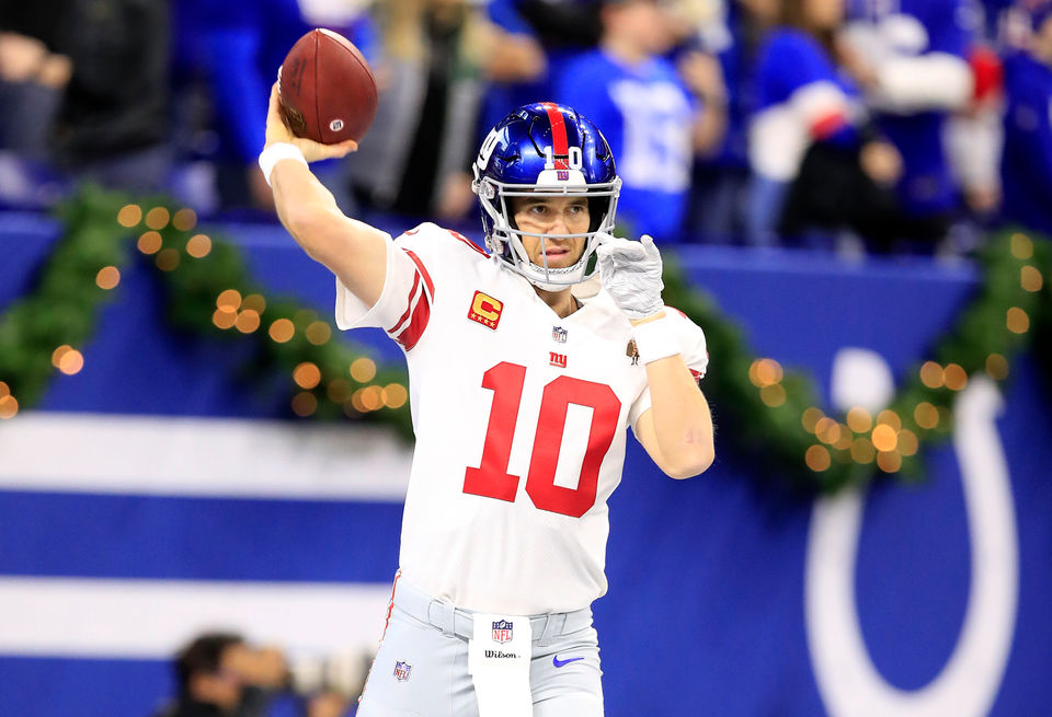 Giants Fall To Indianapolis Colts As Eli Manning Throws Last