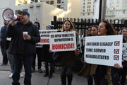 Judge orders release of jailed Iraqis, threatens sanctions against ICE