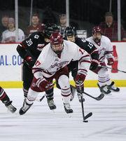 No. 1 UMass hockey cruises past No. 8 Northeastern, 6-1