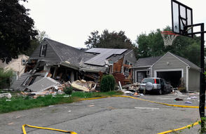 Emergency crews are responding to what they believe is a series of gas explosions that have damaged homes in 3 towns.