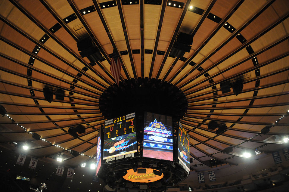 Syracuse basketball's memorable games at Madison Square Garden