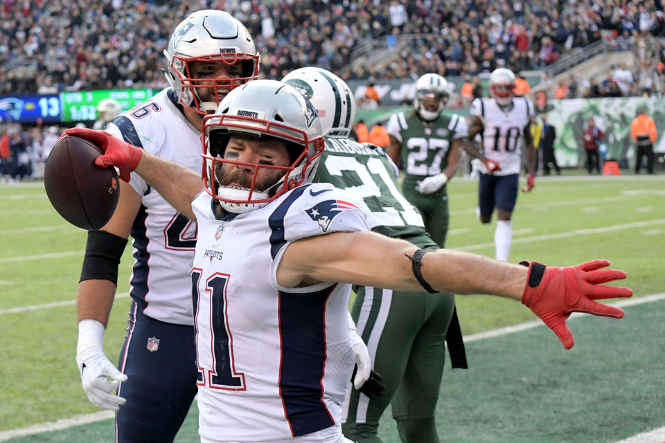 NFL Week 13 predictions, schedule, point spreads: Patriots a
