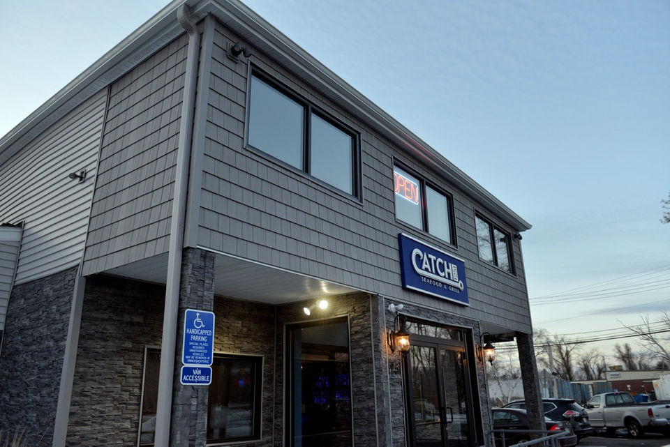 Catch 1251 in Agawam will please seafood lovers (review, photos,video)