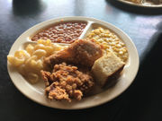 In search of Alabama's best fried chicken: Bruce's Restaurant in Guntersville