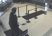 Armed man robs Ohio Savings Bank in Macedonia
