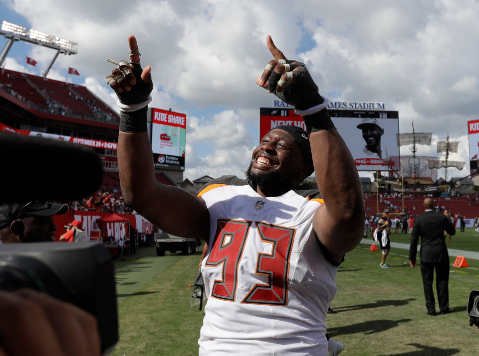 What's the real reason Gerald McCoy didn't sign with the Browns? Hey, Mary Kay!