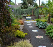 How to create your own garden path: The Pecks