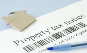 New Jersey's average property tax bill was $8,767 last year, but that can vary a whole lot depending on which county you call home.  For the first time, homeowners in one county paid more than $12,000 on average for property taxes. Five counties topped $10,000.  Meanwhile, the average tax bills in three counties were below $6,000. See where your county falls as we rank them from lowest to highest:
