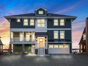 On the market: 5-bedroom bayfront home in Mantoloking for $4.2M