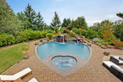 Swanky 'Mad Men'-era Portland home has a splashy heart-shaped pool (photos)