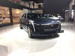 This Cadillac CT6 AWD features a 3.6L V6 engine that differs from the standard edition. The upgraded engine produces 335 horsepower with an all wheel drive system. On the feature side, the 10,2-inch display controls the infotainment system which includes SiriusXM radio, wireless charging and more. The car is also 4G hot-spot enabled. The Bose eight-speaker system produces exceptional audio quality. The keyless entry and start system means you only have to carry the car's key fob in your pocket to start the car. Leather seats and leather-wrapped steering wheel highlight the interior.