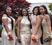 Cleveland Heights High School celebrates 2018 prom at Landerhaven (photo)