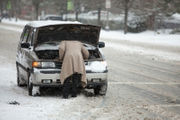 17 winter driving safety tips to protect your car and save your life in a snowstorm