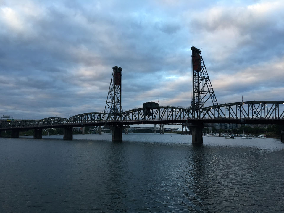 Portland Metro Monday Weather Drizzle To Start Then Clearing And Warming To 80 Degrees