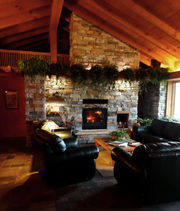 13 cozy Michigan vacation homes to rent now for ringing in the New Year