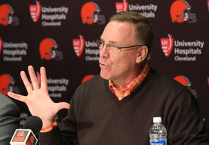 """CLEVELAND, Ohio -- John Dorsey isn't sure where he first saw it. He thinks he read it in a book, maybe some time in the 1980s. At this point, it has been with him so long that he will preface it with some form of, """"I always say ..."""" Like when he told Adam Schefter in 2017: """"I've always said, I guess I learned this, outside of your family there are five people you'll usually meet in life that impact your life in a very unique way."""" Or when he told Mary Kay Cabot in 2018: """"I always say that in the journey of life outside of your parents' influence, you'll meet five people in the course of your life that will influence you in a positive way ..."""" It doesn't always come out the same, but you get the idea. Dorsey believes we all meet five people who impact our lives in a unique and/or positive way. """"That's real,"""" Dorsey told Schefter. At 58, Dorsey has had time to compile a list in his head of those who helped him get to a point in life where he is the GM of the Browns. He has also had time to understand why he was drawn to such a list. """"The appealing thing is we try to strive to be better every day and that's the ultimate goal,"""" Dorsey said recently. """"If you can be good professionally and personally and be a driving member of the community, that's what it's all about."""" Most Browns fans surely have a narrower goal for Dorsey (Just win, buddy boy!). To understand how he will go about achieving that goal -- How does he draft? How does he build a culture? How does he make decisions? -- maybe we need to meet the people on Dorsey's list."""