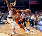 Could Tyus Battle pass Lawrence Moten as Syracuse basketball's all-time leading scorer?