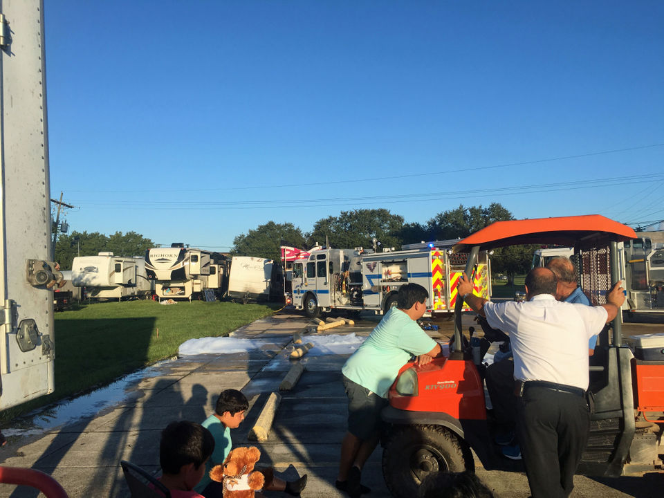 Fire reported at Alligator Festival grounds in Luling