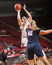 UMass women's basketball defeats Duquesne 69-66 behind double-double from Hailey Heidel